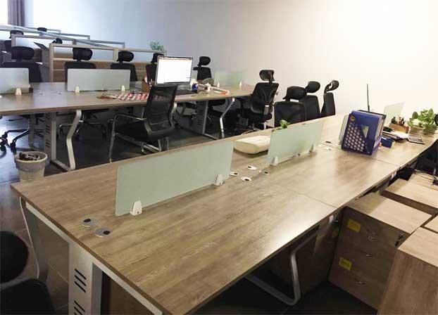 职员办公桌简约现代工作位员工桌屏风办公桌