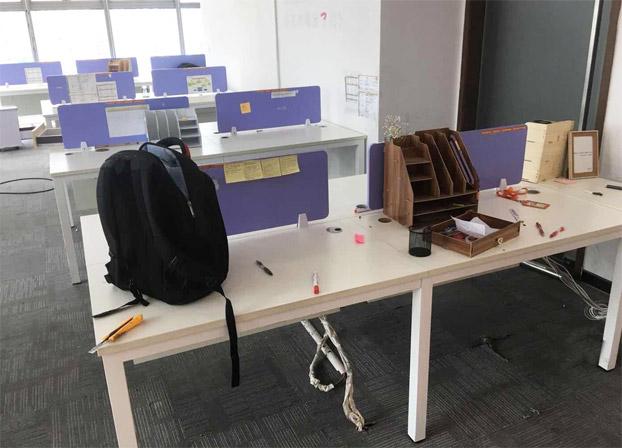 二手职员办公桌四人位屏风电脑工位桌