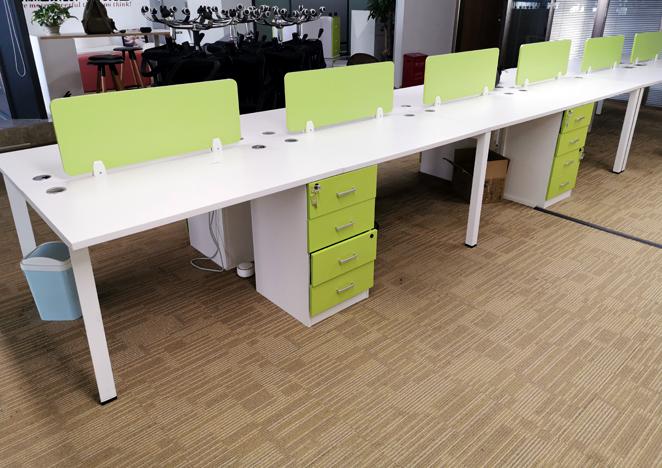 办公室职员办公桌员工桌子简约现代4四人位桌椅