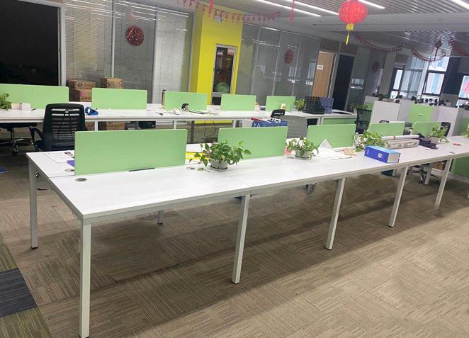 办公室职员办公桌卡位简约现代2/4/6四人位屏风工位办公桌