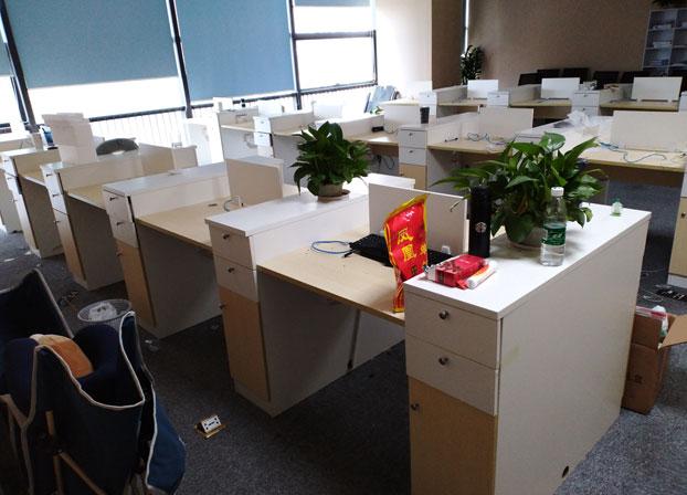 办公桌椅组合屏风职员办公桌简约现代单人员工位卡位