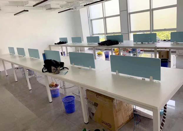 办公桌简约现代桌椅组合屏风工位职员电脑办工桌