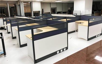 合步二手办公家具安装服务案例——福田鲁先生