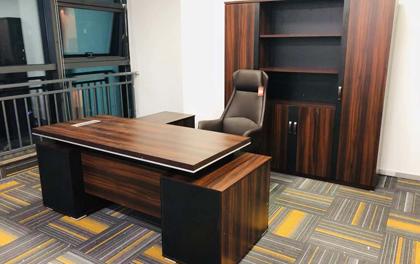 合步二手办公家具安装服务案例——天安云谷肖先生