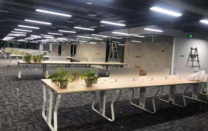 合步二手办公家具安装服务案例——罗湖张先生