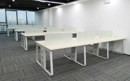 合步二手办公家具安装服务案例——沙井张总