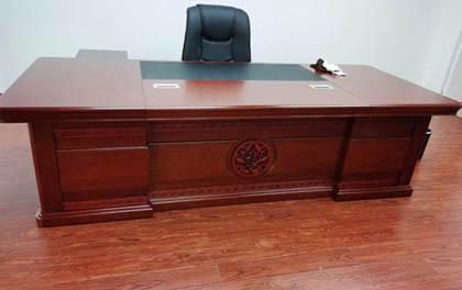 合步二手办公家具安装服务案例——龙岗冯先生