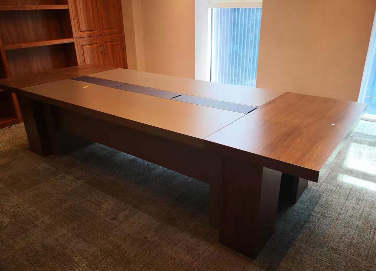 为什么人们更喜欢使用板式办公家具?