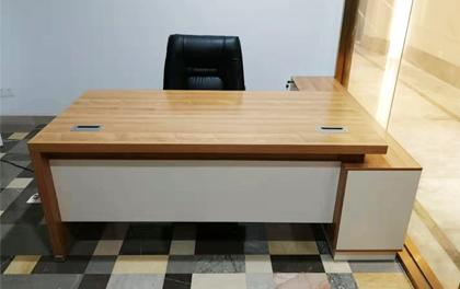 合步二手办公家具安装服务案例——罗湖卫先生