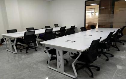 合步二手办公家具安装服务案例——华丰吕总