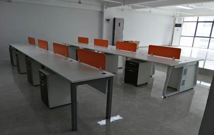 合步二手办公家具安装服务案例——兴东余小姐