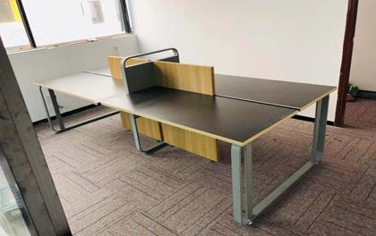 合步二手办公家具安装服务案例——洪浪北黄总